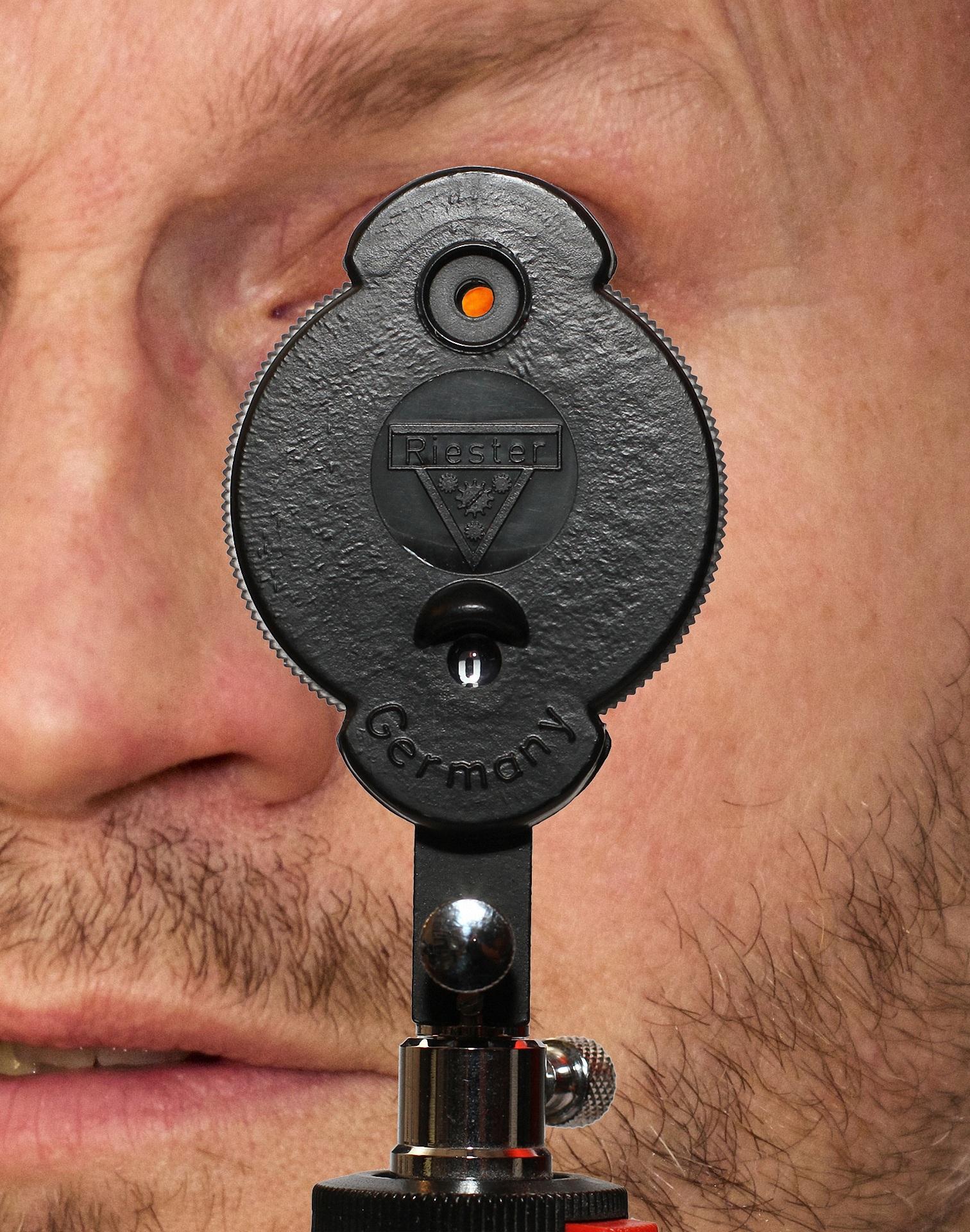 Eye background investigation medical eye