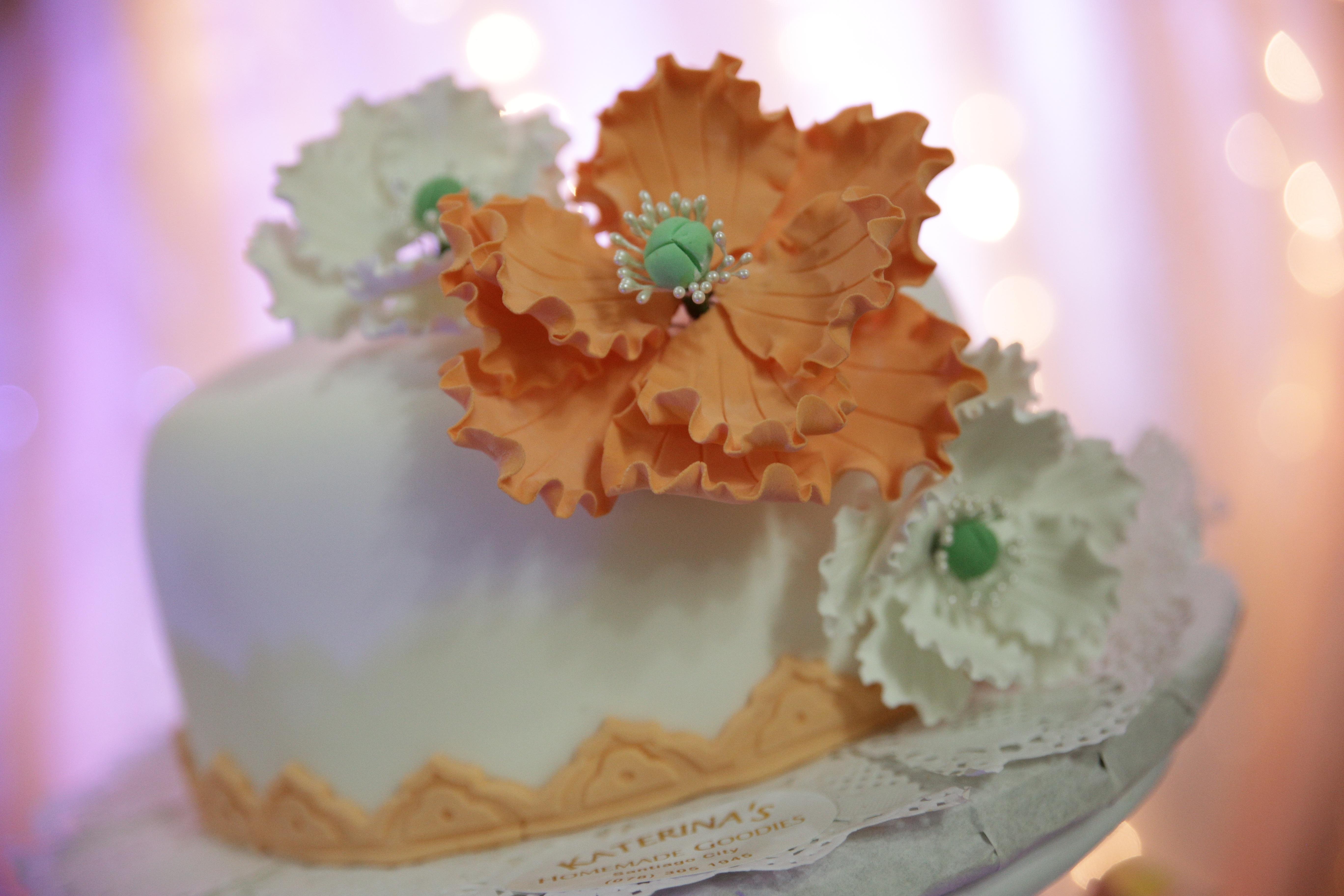 Wedding white cake peach cake